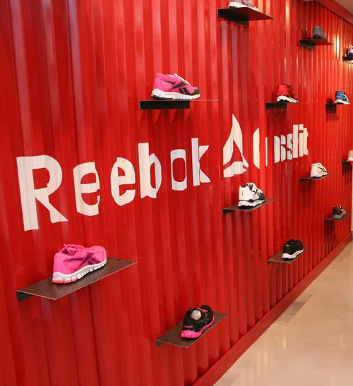 Le nuove colorazioni RealFlex in esclusiva nei negozi