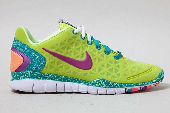 huge selection of 0ea06 3fb54 scarpe nike colori fluorescenti