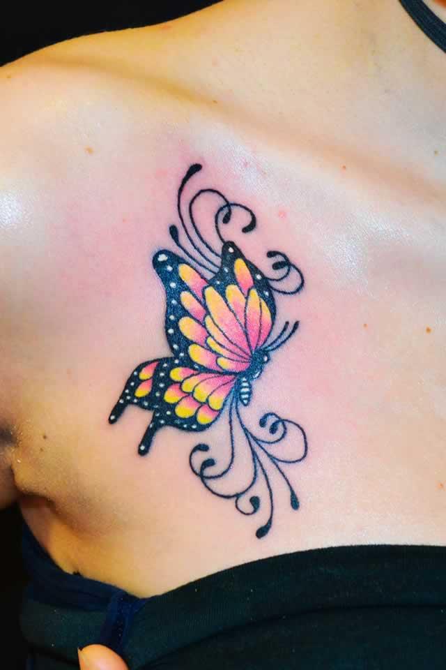 Tatuaggi al sole rischi e prevenzione for Tatuaggi donne pin up