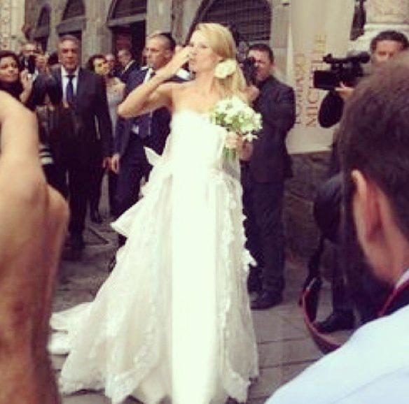 Estremamente L'abito da sposa di Michelle Hunziker, matrimonio firmato Antonio  OS82