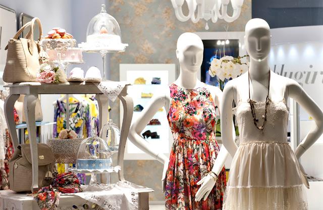 wholesale dealer 791f0 f124d Negozi alla moda a Forte dei Marmi: la nuova apertura di Blugirl
