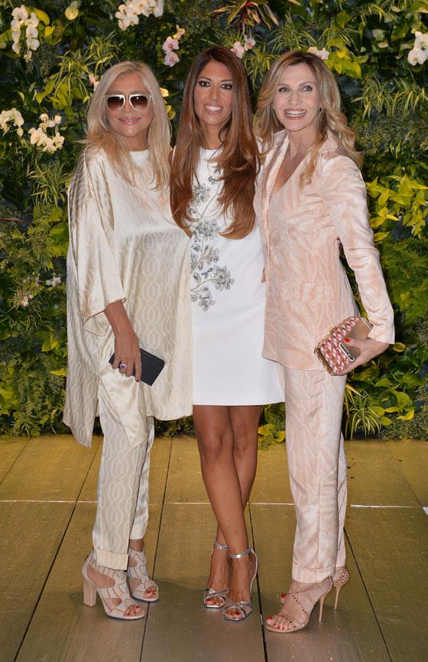 Ospiti alla sfilata di laura biagiotti lorella cuccarini for Disegni di casa alla moda