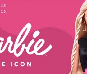 dbd7fe1fe1 Barbie The Icon, la mostra a Milano al Museo delle Culture: le borse Le  Pandorine dedicate all'evento