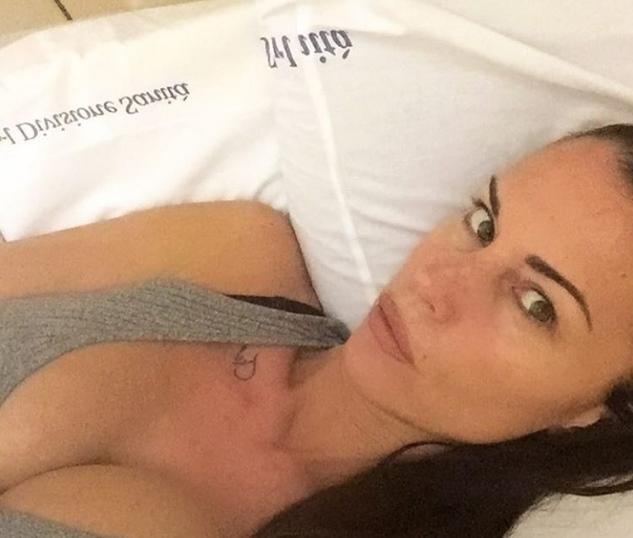 Antonella Mosetti ricoverata e operata: gli auguri di Asia alla mamma