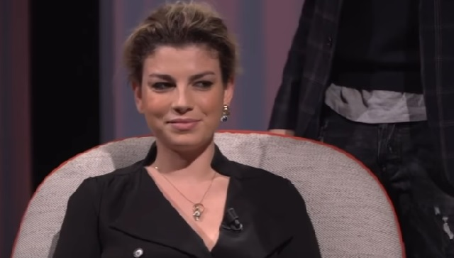 Emma Marrone intervista da Costanzo le lacrime e i video mai visti