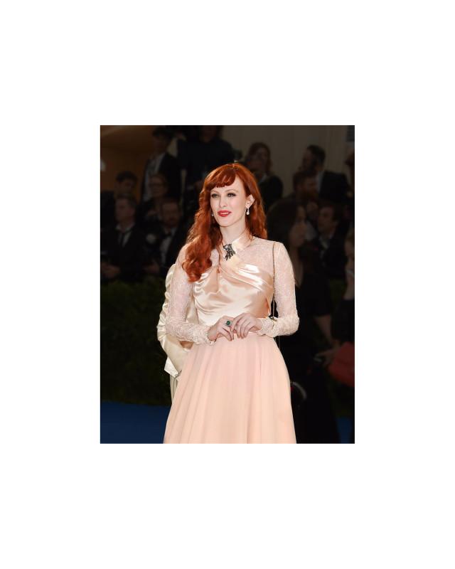 7_Tiffany_Karen Elson