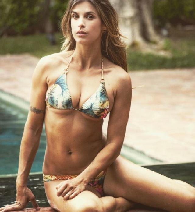 Elisabetta Canalis sempre in forma per l'estate