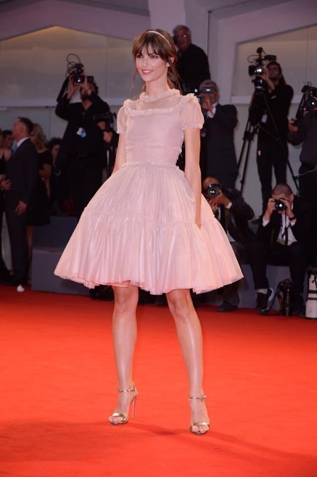 Annabelle Belmondo look e abito alla Mostra del cinema di Venezia