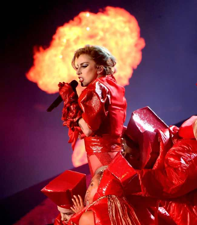 Lady Gaga look e stile per il Joanne World Tour