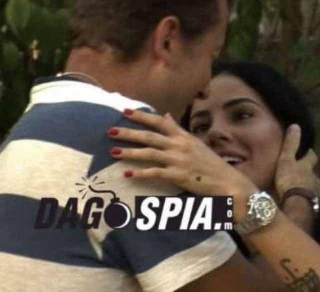 Giulia De Lellis ha baciato un altro prima del Grande Fratello Vip? La foto di Dagospia