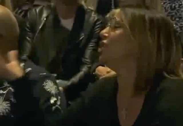 Grande Fratello vip la mamma di Giulia arrabbiata con Signorini l'attacco frontale in studio VIDEO
