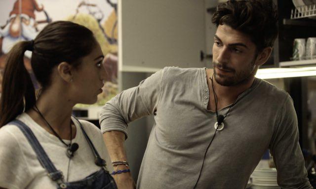 Ignazio Moser si dichiara a Cecilia e attacca Francesco Monte