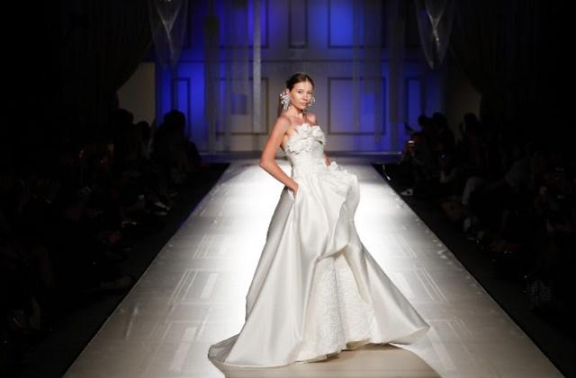Sì Sposaitalia Collezioni lancia White Carpet Fashion Show