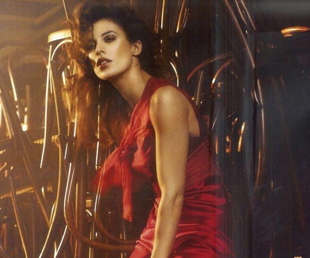 Elisabetta Canalis Sanremo Young abiti e stilista scelto