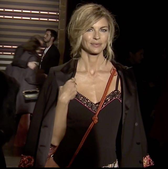 Sfilata Etro Milano Martina Colombari ospite a Milano moda donna