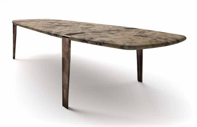 Salone del mobile 2018 ecco il tavolo Ace Table e la lampada Starlight