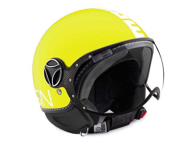 Donne e motori il casco giallo per la festa della donna