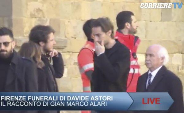 L'abbraccio a Davide, Firenze piange il capitano