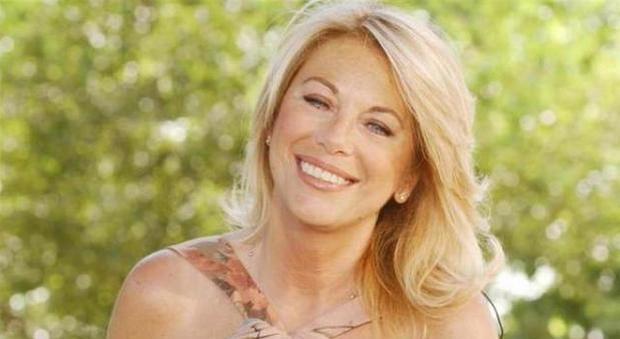 Rita Dalla Chiesa sotto la guida di Costanzo torna in TV