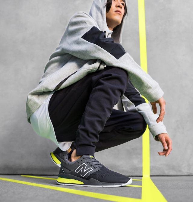 New Balance presenta la nuova sneaker 247x2 Tritium Pack