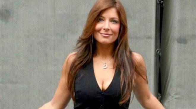 Selvaggia Lucarelli difende Sara Affi Fella ecco cos'ha scritto