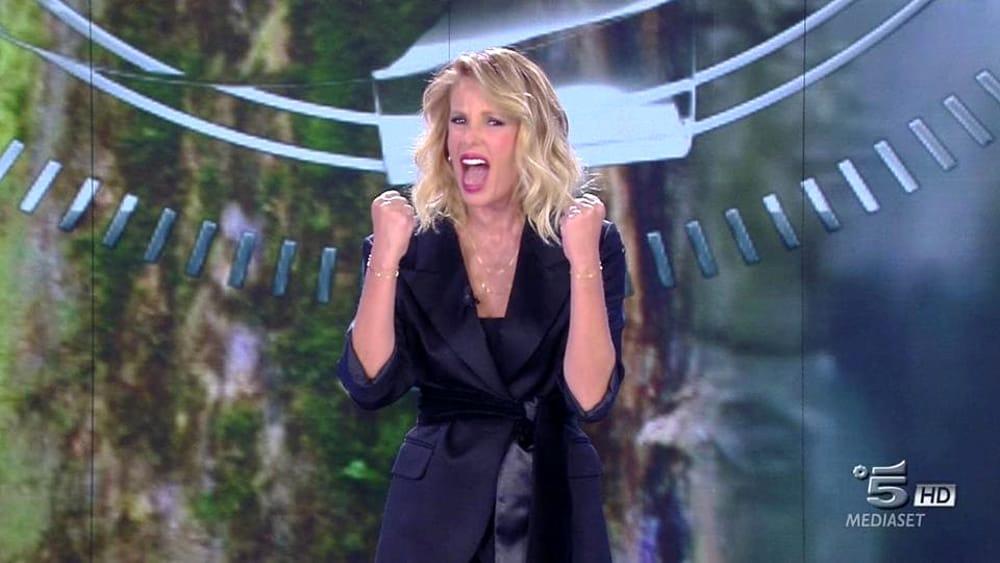 Alessia Marcuzzi confermata all'Isola dei Famosi ecco il probabile cast