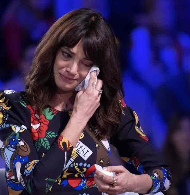 "Asia Argento a Verissimo faccia a faccia con le accuse:""Non riesco a dormire"""