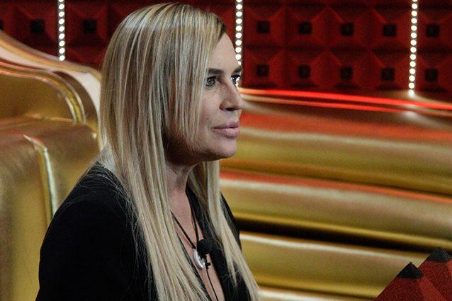 """Lory Del Santo contro Elia Fongaro del Gf Vip:""""E' una scatola vuota"""""""