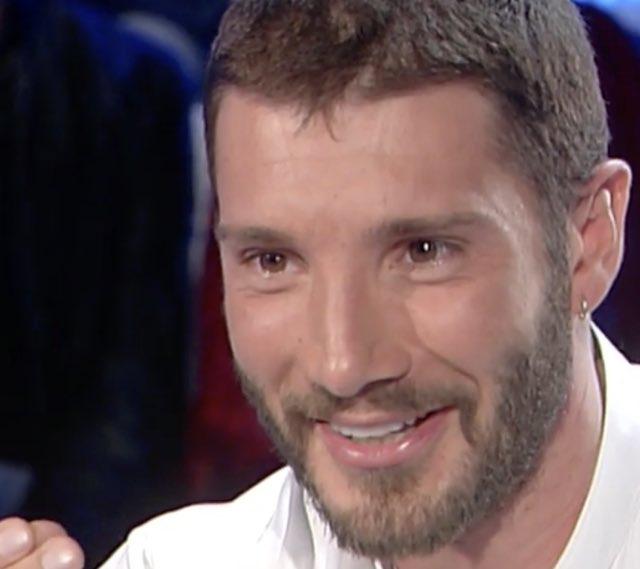 """Stefano De Martino a Domenica in:""""Sei ancora pazzo di Belen"""". La risposta"""