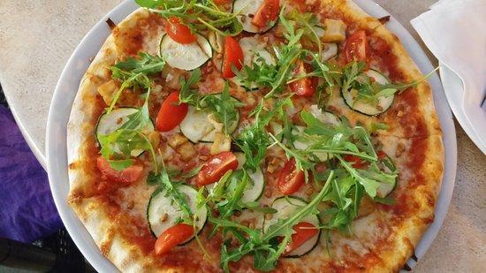Come fare la dieta vegetariana ecco la ricetta della pizza farcita