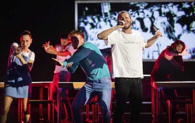 Eliminato X Factor 15 novembre e Anastasio sorprende tutti con i Pink Floyd