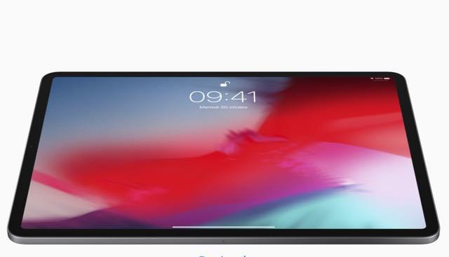 iPad Pro a tutto schermo con Face ID e senza tasto home. Prezzo