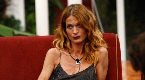Jane Alexander eliminata Grande Fratello Vip del 22 novembre si salva Walter