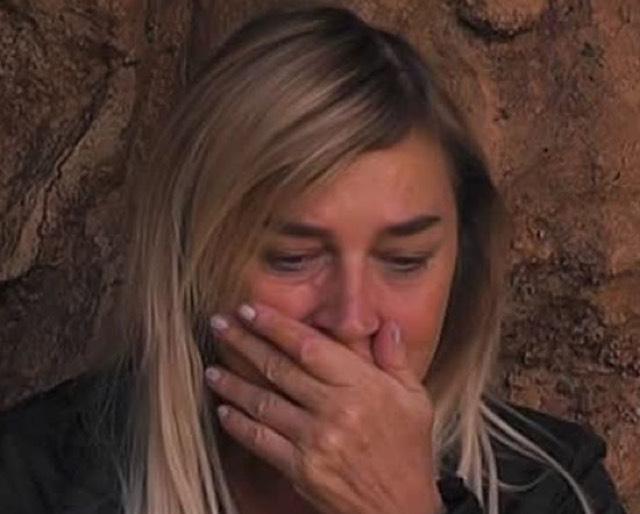 Lory Del Santo rivela per la prima volta come ha reagito Devin alla morte di Loren