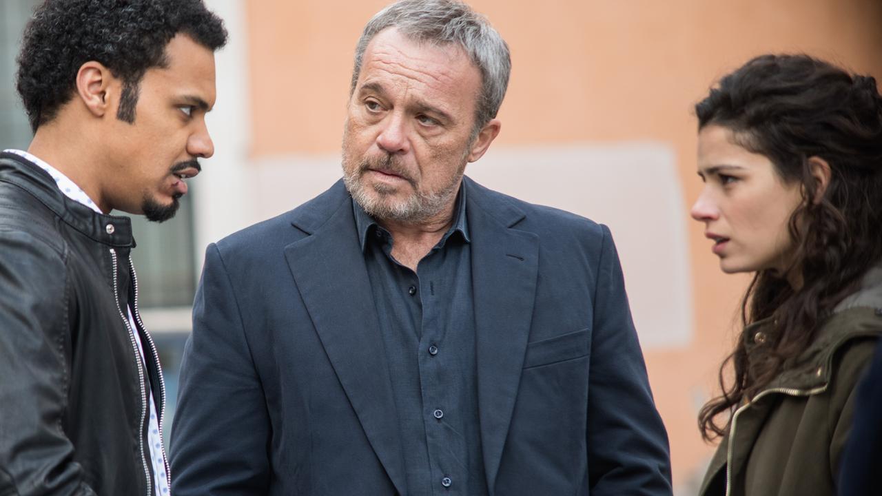 Nero a Metà anticipazioni puntata 26 novembre Malik innamorato di Alba