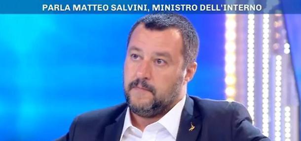 """Matteo Salvini a Pomeriggio 5 il decreto sicurezza è legge:""""Una bella soddisfazione"""""""