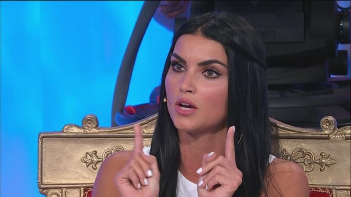 Teresa di Uomini e donne piange perchè Andrea è falso, parola di Mara Fasone