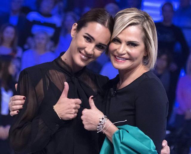 """La confessione di Simona Ventura:""""Amo Gerò ma ho bisogno di un momento di pausa"""""""