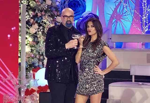 Raffaella Carrà telefona a Detto Fatto e fa una sorpresa di Natale a Bianca Guaccero