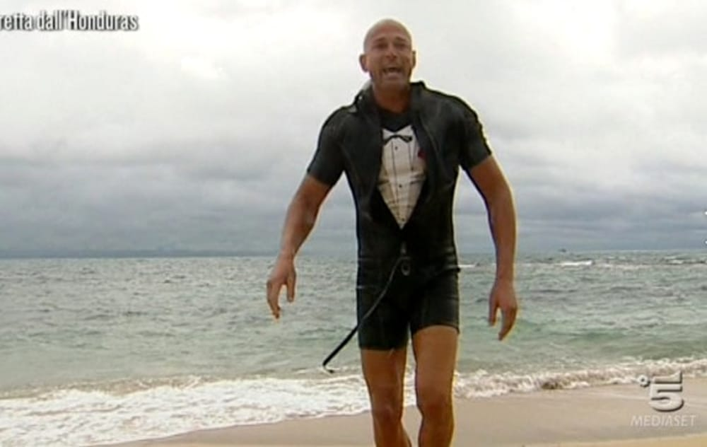 Stefano Bettarini nuovo concorrente Isola dei Famosi al posto di Jeremias Rodriguez