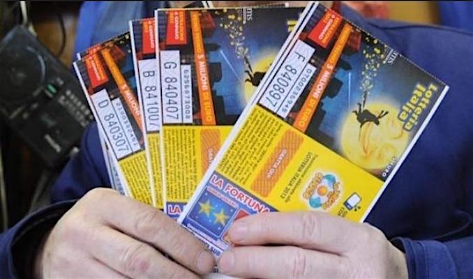 Lotteria Italia biglietti vincenti premi maggiori e premi minori i vincitori