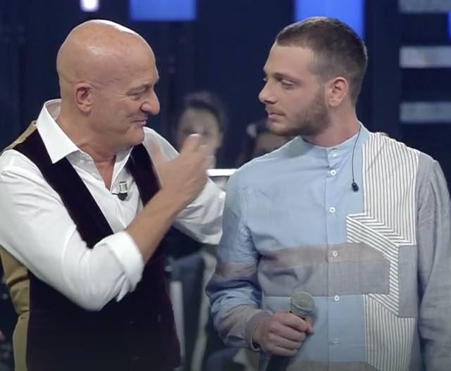 Anastasio vincitore di X Factor a Sanremo 2019 dopo il monologo di Bisio