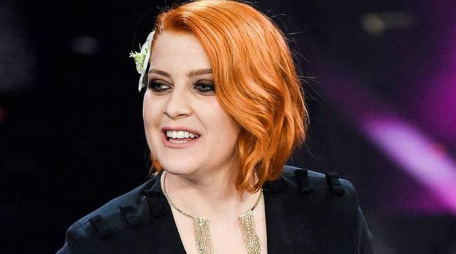 Noemi Sanremo 2019 abito e stilista scelto per cantare con Irama