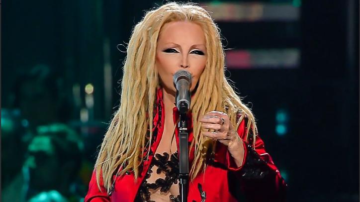 Sanremo 2019 l'imprevisto per Patty Pravo per colpa del pianista e la diarrea