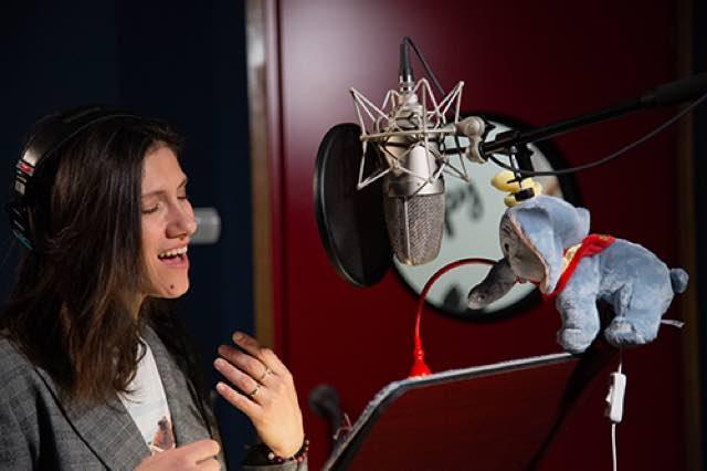Elisa la voce di Dumbo nel nuovo film Disney diretto da Tim Burton