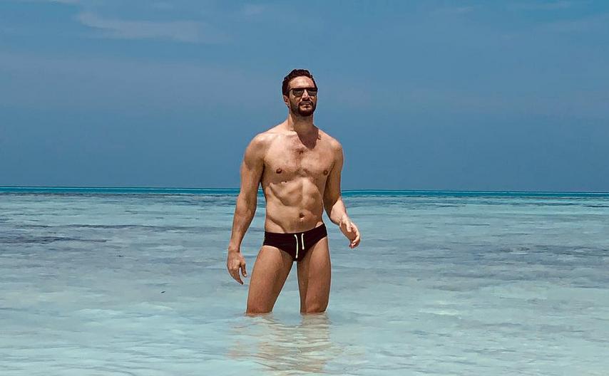 Alex Belli nudo le foto più hot dell'attore ex fidanzato di Mila Suarez