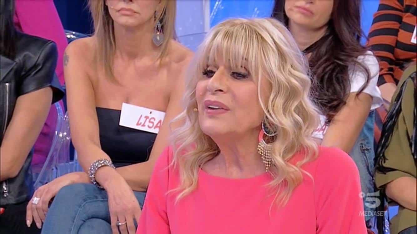 Gemma Galgani nuovo look capelli diversi chi è il parrucchiere?