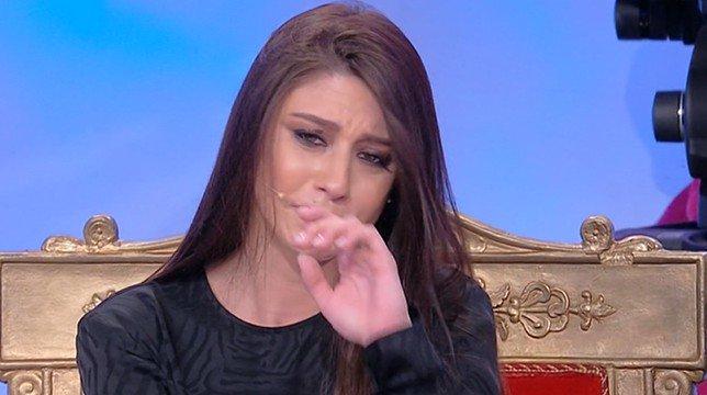 Uomini e donne anticipazioni Luca lascia Angela e lei piange