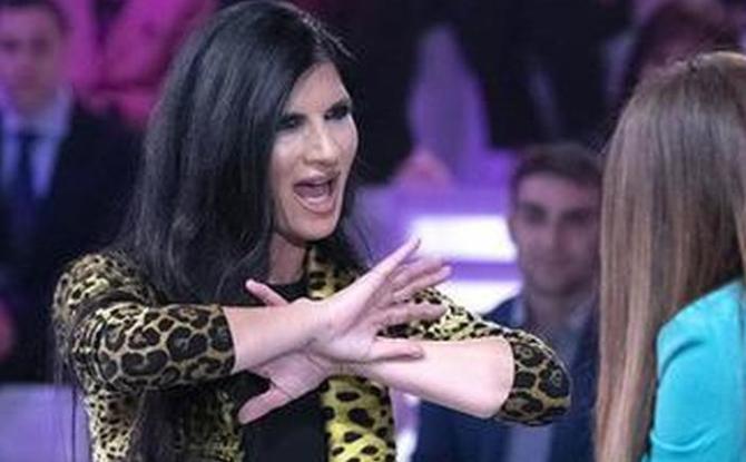 Pamela Prati lascia lo studio di Verissimo e la Toffanin si arrabbia