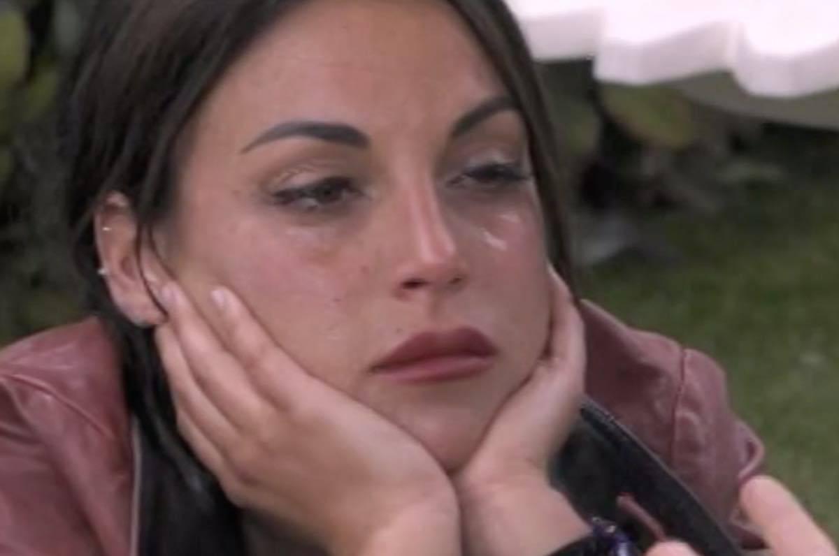 Francesca De Andrè piange per Gennaro Lillo ecco cos'è successo